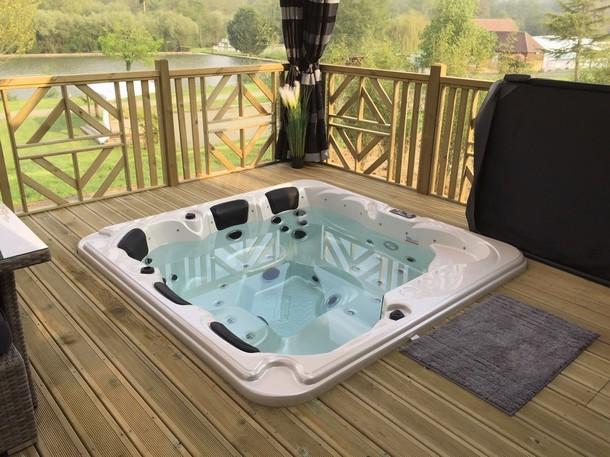 Mobil home luxe jacuzzi privatif terrasse panoramique - Chambre avec jacuzzi privatif region parisienne ...